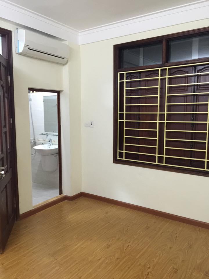 Cần bán nhà riêng tại phố Chợ Khâm Thiên